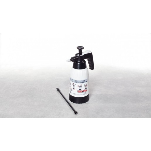Hand spray gun for manual cleaning
